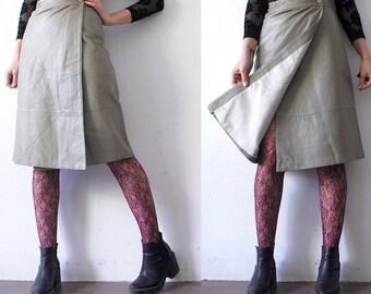 70s grey leather skirt. high waist leather wrap skirt. avant garde skirt - small