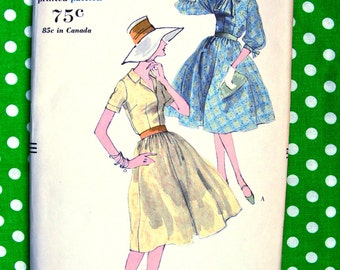 1950's Vogue Design Pattern 9731 -  BEAUTIFUL High Fashion Day or Party Dress  -Size 14 * bust 34 * UNCUT