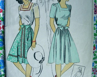 UNCUT Vintage 1940's DuBarry Pattern 5618 - Misses Blouse & Skirt with Bow Trim * Size 16 *  Bust 34