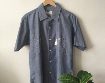 Vintage 1970s Deadstock Chambray Short Sleeve Button Up