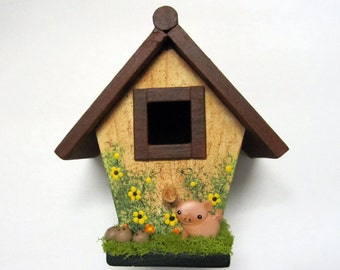 Country Cottage Mini Birdhouse