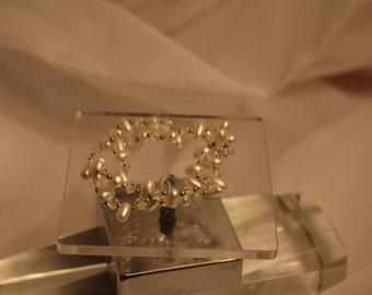Petitie Pearl Bracelet