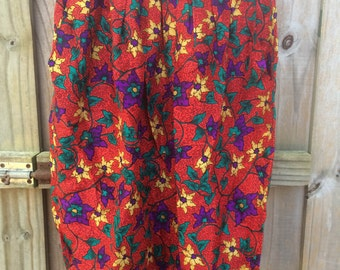 Swirling Red Silk Skirt size 10 (90's)