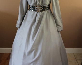 One Size Heather Grey Full Length Chemise Maiden Style Gown Dress Tudor Renaissance Medieval Gown