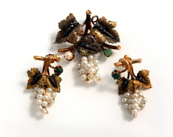14k Victorian Diamond Emerald and Pearl Brooch and Earring Set
