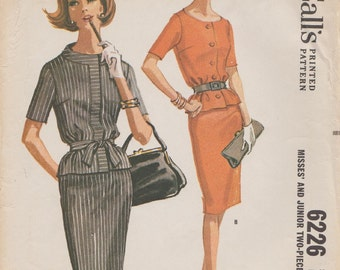 McCalls 6226 / Vintage 60s Sewing Pattern / Overblouse Jacket Skirt Suit / Size 14 Bust 34