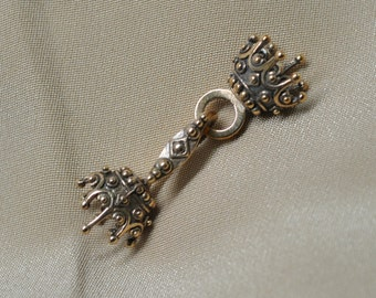 Royal Bronze Crown Clasp Hook for 3 Strand Necklaces or Bracelets