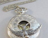 Sparrows,Watch,Pocket Watch,Bird Necklace,Bird,Sparrow Necklace,Silver Necklace,Watch Necklace,Watch,Time,Steampunk,Steampunk Jewelry,