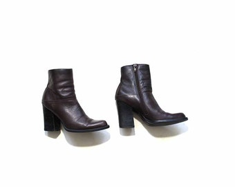 Vintage Ankle Boots 5.5 / Brown Leather Boots / Leather Booties