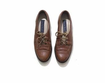 Vintage Leather Oxfords 7.5 / Tan Leather Oxfords / Spectators / Lace Up Shoes