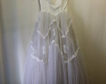 50's Lace and Tulle Wedding Dress