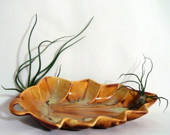 Enchanto Leaf Console Bowl 1955 California 8100 Multicolor Brown Gold Yellow Candy Dish