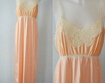 Vintage Nightgown, Vintage Lingerie, 1980s Nightgown, French Maid, Peach Nightgown, Romantic, Lace, 1980s French Maid, Ladies Lingerie
