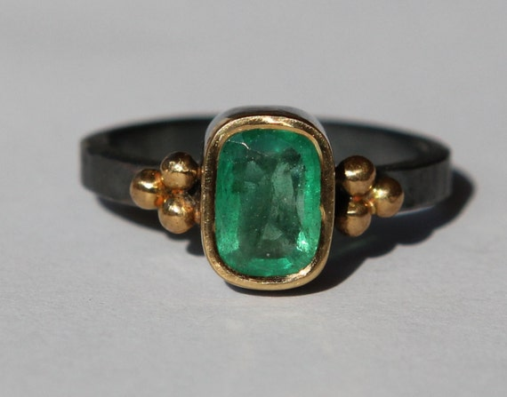 1.39 ct Natural Medium Green Columbian Emerald Oxidized Sterling Silver And 18K Gold Ring SZ 7