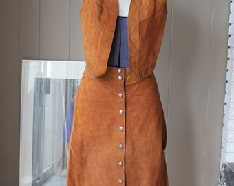 70s Suede Skirt Vintage Western Boho Hippie  Style Suede Vest and Snap Button Down Skirt Caramel Brown