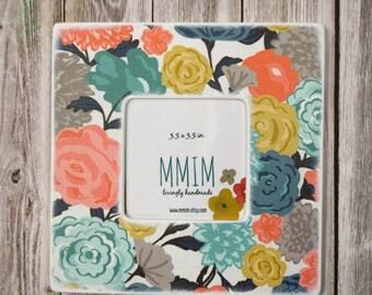 Instagram Frame, Favorite Flowers Picture Frame, Wood Frame, Unique Frames, Handmade Gifts,  Home Decor, Color, Floral, Bold, Modern, Frames