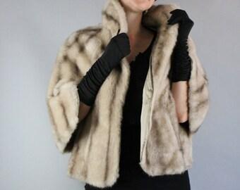 Vintage 50s 1950s Women's Soft Beige Brown Vegan Faux Fur Stole Capelet Cape Wrap Shrug Bolero // Wedding Fur