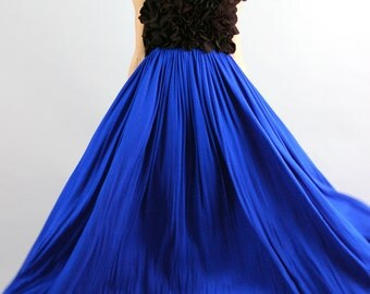 Women's Grace Royal Blue and black Rosette Flower Gown-Size M
