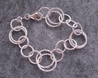 Heavy Sterling Silver Bracelet, Diamond Cut Silver Bracelet, Large Link Bracelet, Elegant Silver Circle Bracelet, Beautiful Silver Bracelet