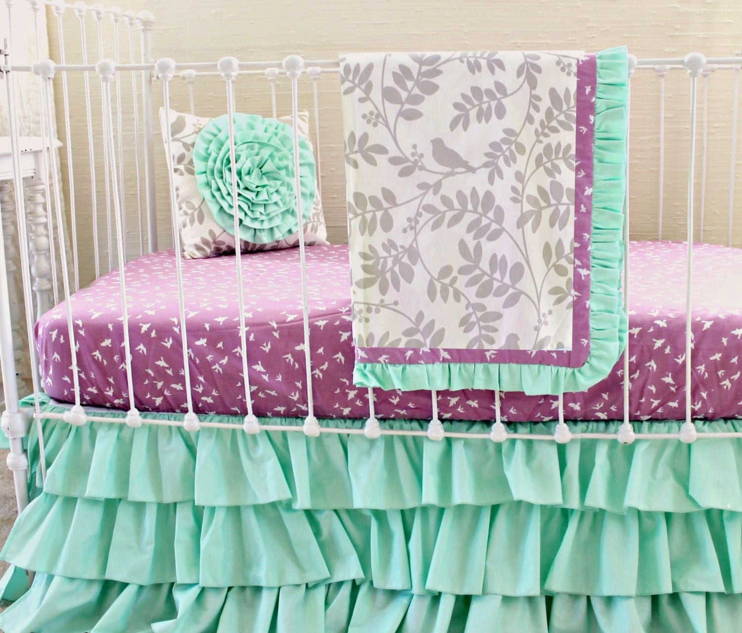 Plum and green bedding -  Zoom
