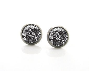 Black, white, grey Tiny Flowers Titanium Post Earrings | Hypoallergenic Earring Stud | Titanium Earring Stud | Sensitive jewelry post studs
