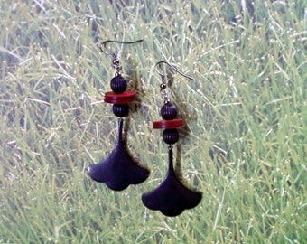 Black and Red Ethnic Earrings (1649)