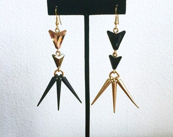 Swarovski Arrow & Spike Earrings >> Crystal Earrings, Spike Earrings, Geometric Earrings, Rose Gold Earrings, Black Earrings, Black and Gold