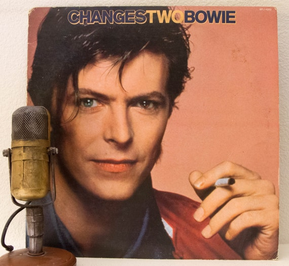 "Daviid Bowie Record Album LP 1970s Glam Rock David Bowie ""Changes Two"" (Original 1981 RCA w/""Ashes to Ashes"" and ""Starman"") - Vintage Vinyl"