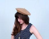 Wool Beret / Camel Tan 60's Hat Cap Boho Mod / Small