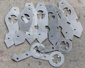 Vintage selection of clock parts -- light metal parts -- D18