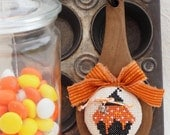 Wooden Spoon Halloween Cupcake Decoration