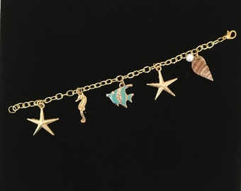 Ocean charm bracelet - aqua fish feature