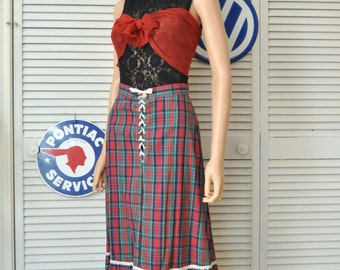 Vintage Tartan Plaid Skirt/Womens Teen/Eyelet Ruffle Trim Lace Up/60s 70s Gilead/Country Prairie Cotton Holiday Christmas Green Red small 26