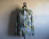 Vintage 1970s Blouse Blue Green Psychedelic Abstract White Stag Shirt Large Chemise