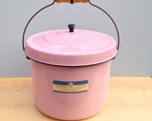 Vintage Maid of Honor Porcelain Enamelware Glass on Steel Kitchen Large Pot with Lid in Pink, Excellent Condition, Dutch Oven, Pink Kitchen