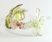 Floral bridal crown, bridal headdress, bridal fairy head crown, bridal boho headpiece, fantasy headdress, bridal hair piece, boho head piece