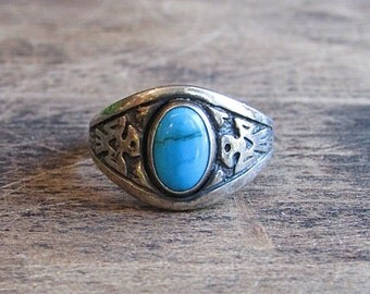 SILVER STREAK Vintage Sterling Silver Turquoise Ring | Southwest Native American Jewelry | Size 9.5