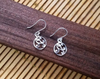 Scroll Earrings, Sterling Silver Scroll Earrings, Round Sterling Silver Earrings, Silver Scroll Earrings, Swirl Earrings, Filigree Earrings