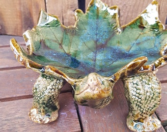 Large Maple Leaf Turtle Dish