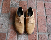 Vintage Mens 10 David and Joan Tan Nubuck Leather Lace Up Oxfords Dress Shoes Wedding Shoes Prep Hipster Designer Spring Fashion Boat Shoe
