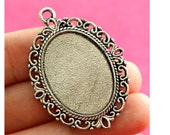 Cabochon Settings | Bezels : 10 Antique Silver Oval Cabochon Settings | Pendant Setting holds 18x25mm Cameo / Cabochon H4F