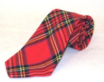 70s Wide Tie Wide Tartan Tie Red Tartan Tie 1970s Plaid Tie Red Plaid Tie Made in Britain Red Tartan Necktie Wide Plaid Tie Tartan Tie