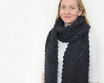 Knit Scarf Charcoal Grey | Chunky Textured Knit Scarf | Wool | The Peak