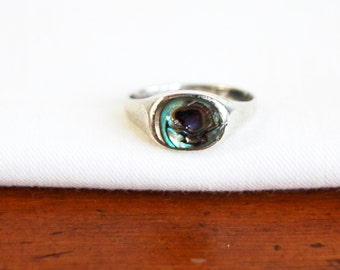 Simple Abalone Ring Vintage Sterling Silver Size 8 Minimalist Beach Jewelry