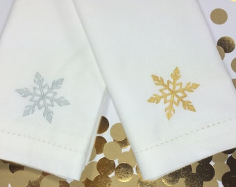 Embroidered Christmas Snowflake Cloth Napkins, christmas napkins, christmas cloth napkins, snowflake napkins, snowflake cloth napkins