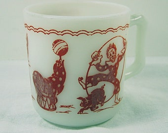 Vintage CHILDS CIRCUS MUG Clown Cup Milk Glass Milkglass Hazel Atlas