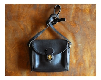 vintage black leather coach purse / coach Devon bag