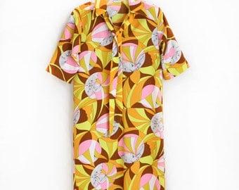 retro mod collared shirt dress