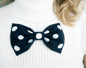 Navy bow. oversized polka dots bow brooch. Classic bow. Girls bows brooch. navy blue hair clip. Ready to ship. back to school