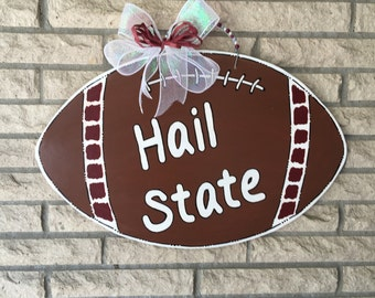 MSU Hail State Bulldawgs Football Door Decoration